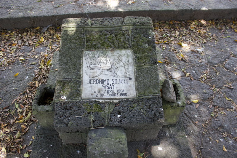 https://mappingmonuments.pludhlab.org/tmp/Peace_Park_Monument_-_Jeronimo.jpg